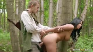 Anissa Kate en lingerie jouissant du sexe le plus érotique