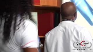 Déguiser d'infirmière baisse avec son mari en état spéciale