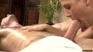 Massage stimulant pour les hommes